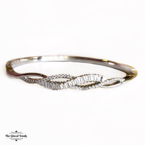 https://www.theglocaltrunk.com/products/rope-me-up-stone-bangle-bracelet