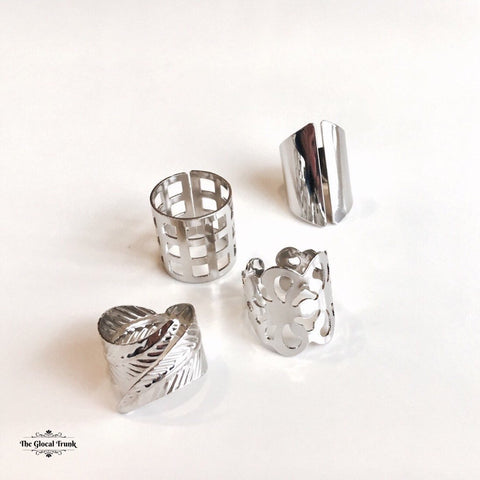 https://www.theglocaltrunk.com/products/silver-sand-set-of-4-rings-white
