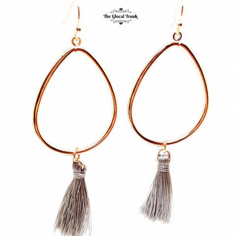https://www.theglocaltrunk.com/products/hollow-tasssel-dangler-hook-earrings-grey