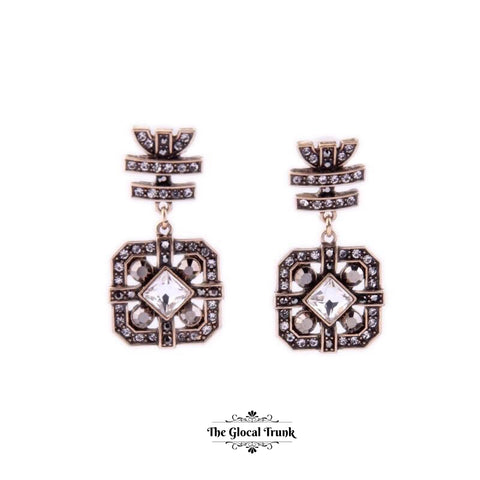 https://www.theglocaltrunk.com/products/cocktail-crystal-vintage-earrings