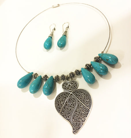 Blue Stone & Leaf Drop Choker Set