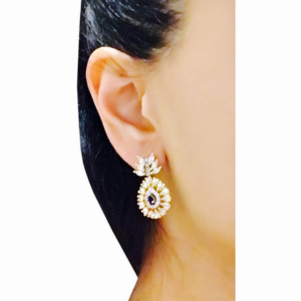 Rania Mini Dangler Earrings