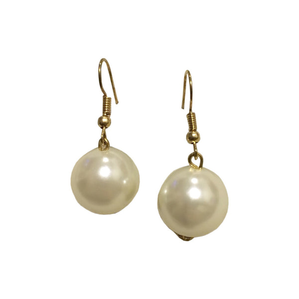 Simplistic Every Day Pearl Drop Earrings