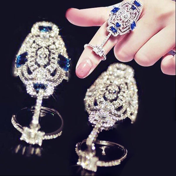 Soiré Crystal Finger Ring Blue