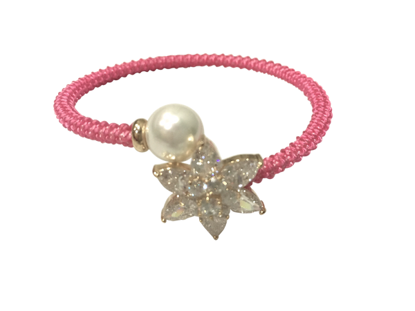 STAR FLOWER WEAVED CRYSTAL & PEARL BRACELET