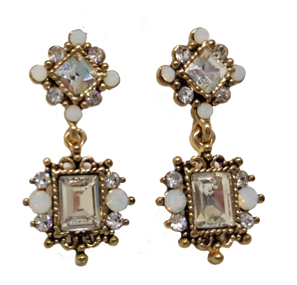 VICTORIA VINTAGE DAINTY EARRING WHITE