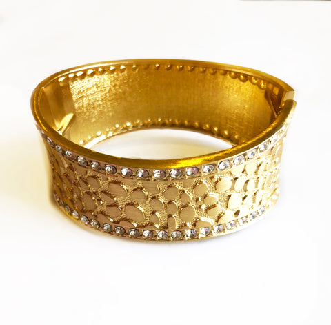 Bling in Summer Textured Gold & Stone Cuff