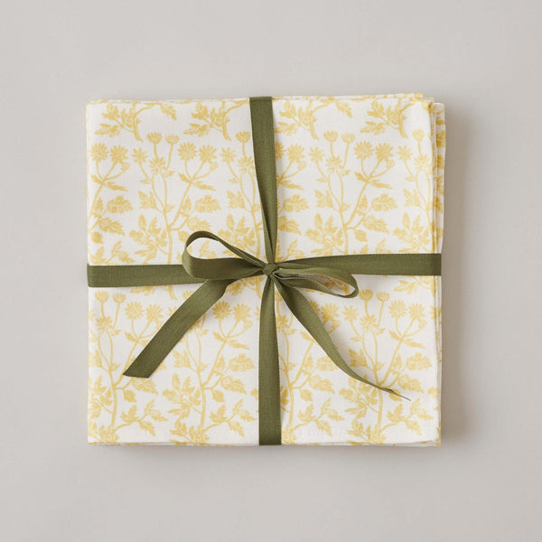 FOLKSGLOVE Feverfew Napkin - Set of Four with Ribbon