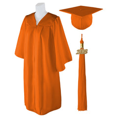 "Standard Matte Graduation Cap and Gown with Matching 2018 Tassel - Size  6'0""-6'2"""