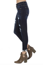 KanCan Cropped Distressed Jeans