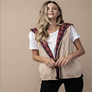 PLAID AND FUR HOODED REVERSIBLE VEST