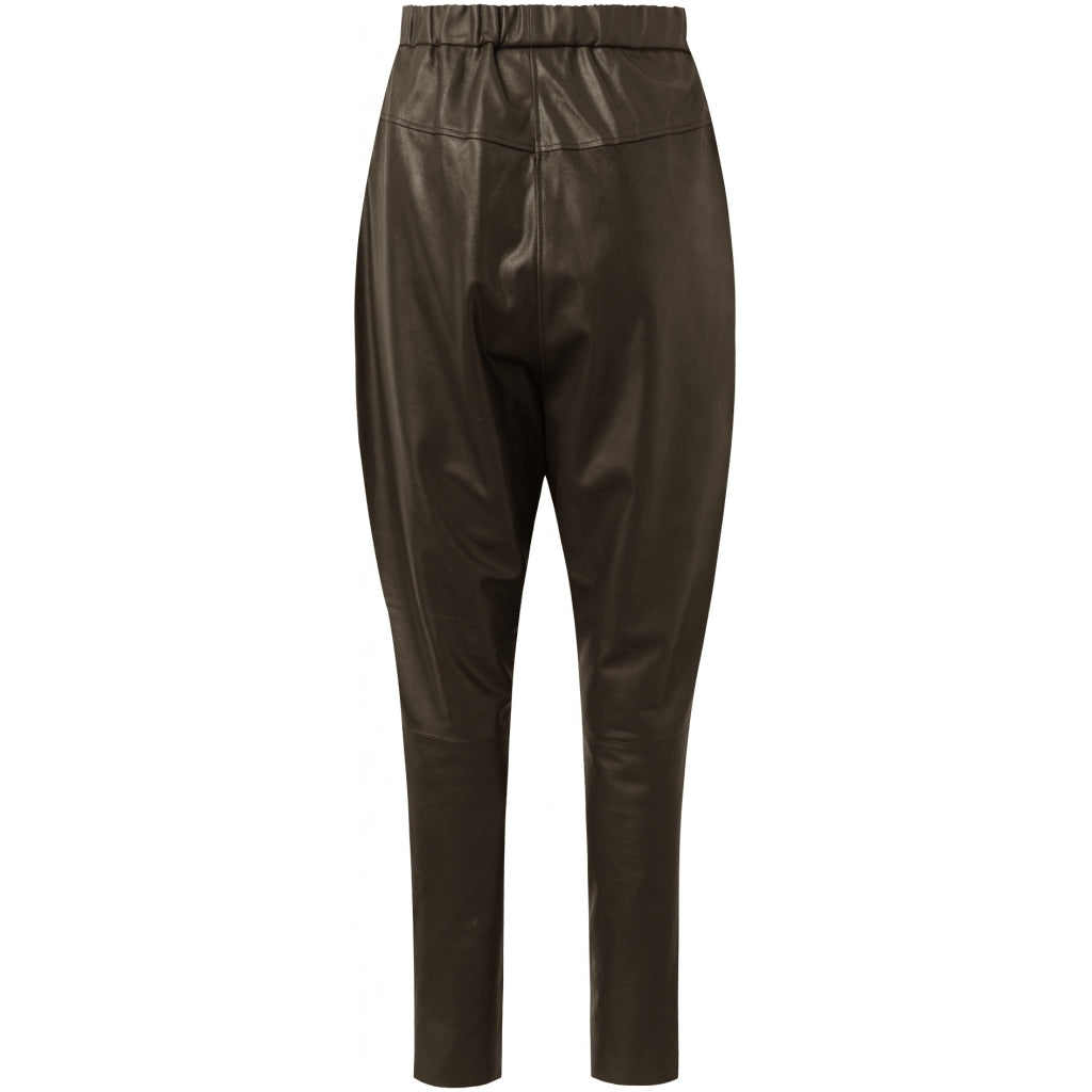 Depeche leather wear Baggy leather pants with raw details Pants 038 Dusty taupe