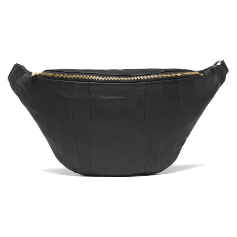 OVersized bumbag in soft leather / 14614