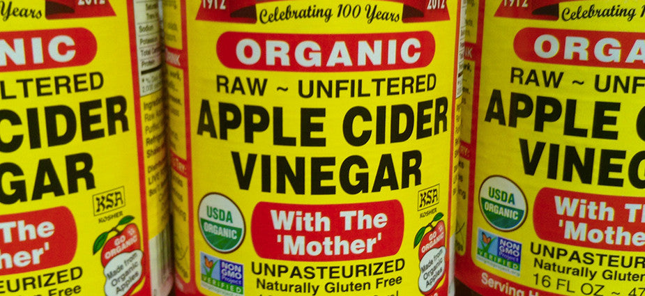 3 BENEFITS OF USING APPLE CIDER VINEGAR IN YOUR BEAUTY ROUTINE