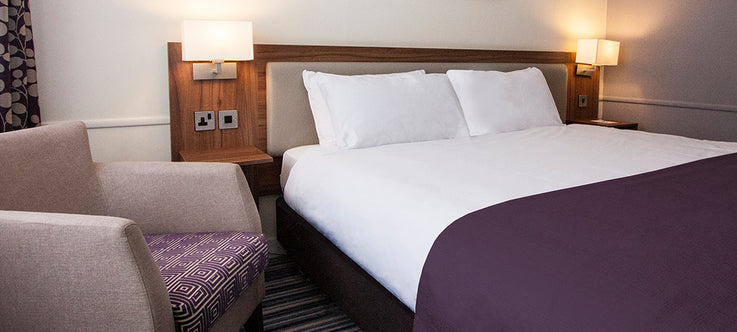 Case Study: Lugo Supply Hotel Furniture to Over 3000 Guestrooms for Kew Green Holiday Inns