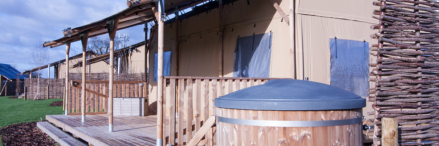 Hencote vineyard glamping tent with outdoor tub