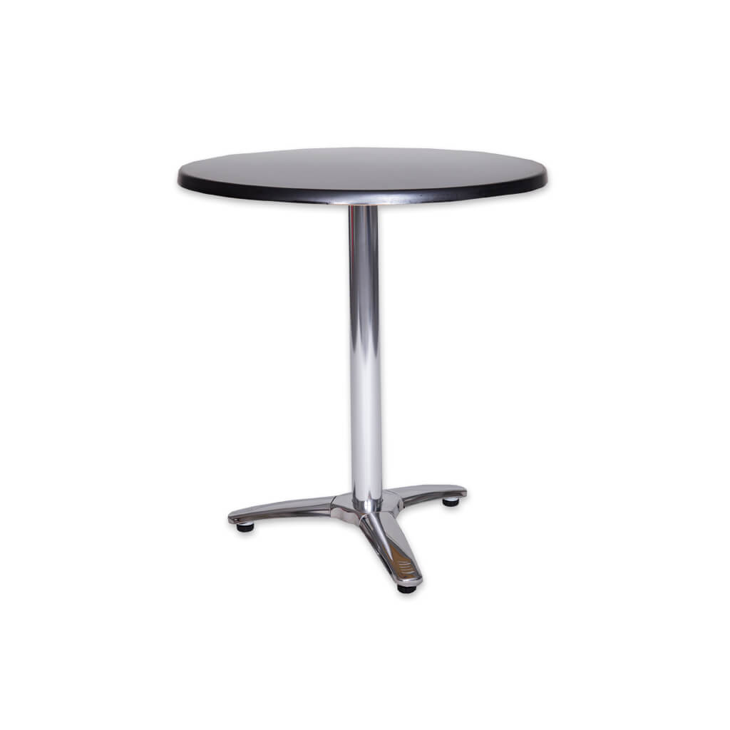 Picasso round silver dining table with pedestal and three cross base. 1137 - Designers image