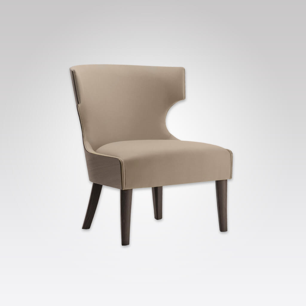 Una Lounge Chair 1065 LC1