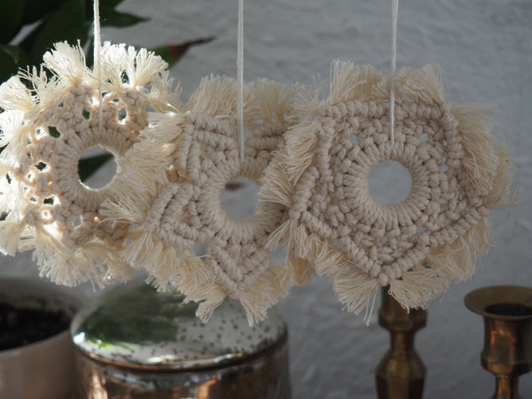 Ornements Flocons en macramé