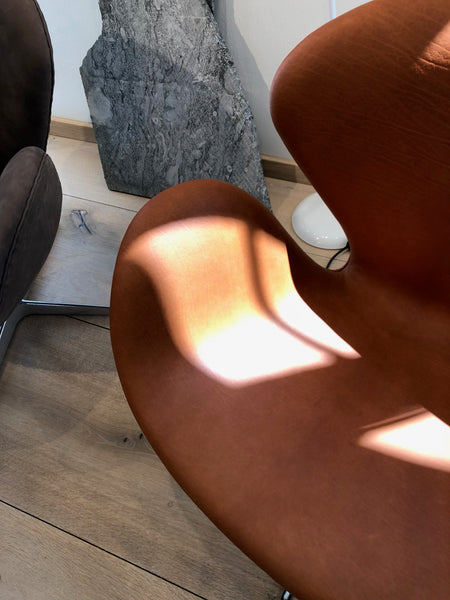 Arne Jacobsen Egg Chair - Sorensen Leather