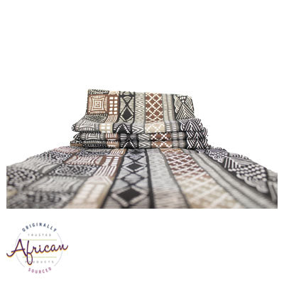 Kudhinda Table Runner 200x40cm (unlined) – Guinea Fowl (Charcoal)