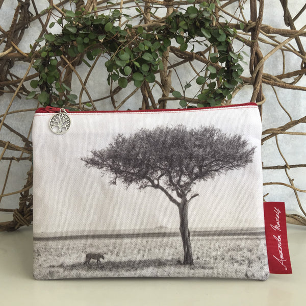 The Meraki Collection - Cheetah under tree