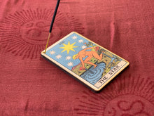 Load image into Gallery viewer, Tarot - The Star Incense Burner