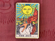 Load image into Gallery viewer, Tarot - The Sun Incense Burner