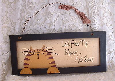 Country Folk Orange Tabby Cat Face the Mewsic and Dance Cat Wood Sign - The Good Cat Company