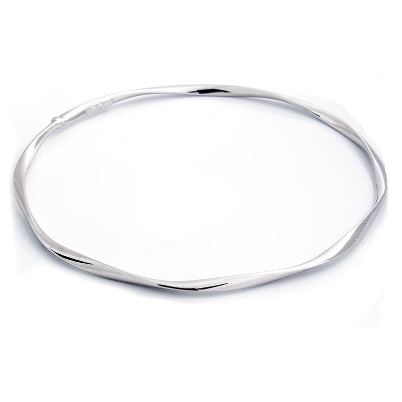 14 Karat White Gold Twisted Slip-on Bangle