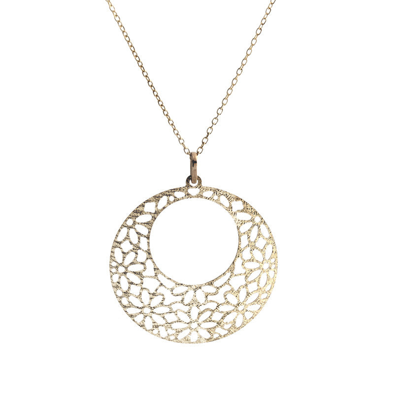 14 Karat Yellow Gold Flower Design Pendant