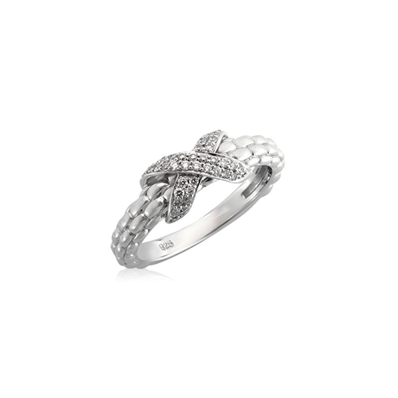 Pietra Collection Petite Pave X Station Ring