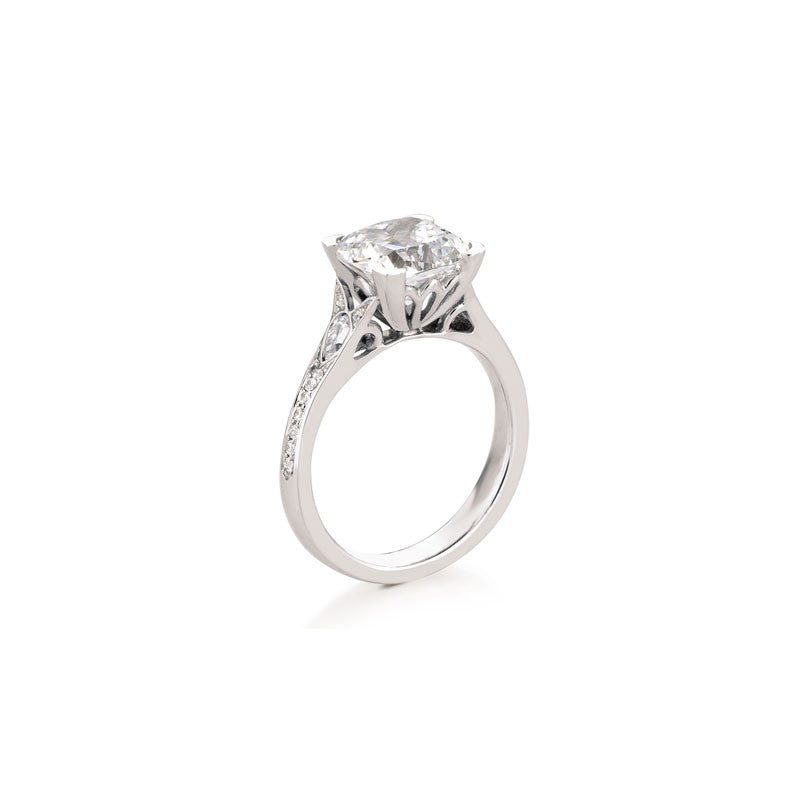 Sollas Cushion Brilliant Diamond Engagement Ring