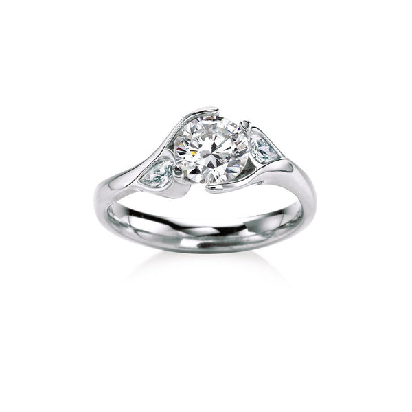 Maevona Poppy Round Brilliant Diamond Engagement Ring