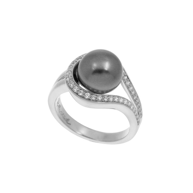 Belle Etoile Claire Collection grey seashell pearls with white stones ring.