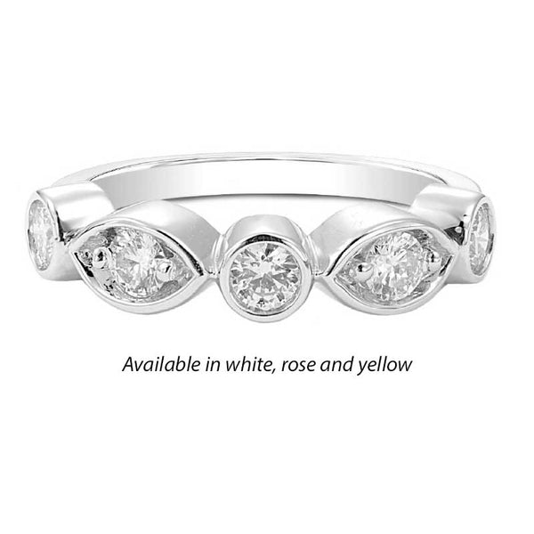 Forevermark Tribute™ Diamond Oval and Round Stack Band