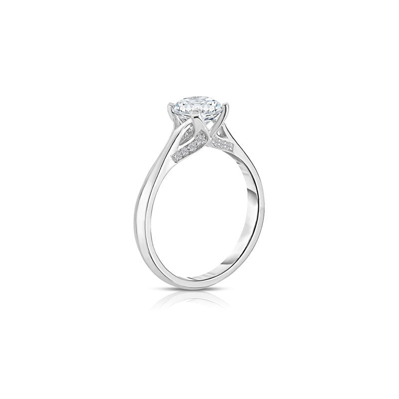Maevona Glenrothes Round Brilliant Diamond Engagement Ring
