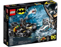 LEGO® DC Batman: Mr. Freeze™ Batcycle™ Battle: 76118