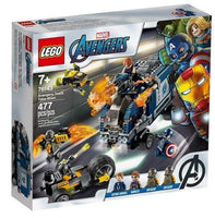 LEGO® Marvel Avengers Truck Take-down 76143