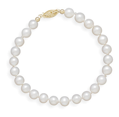 "8"" 5.5-6mm Cultured Freshwater Pearl Bracelet"