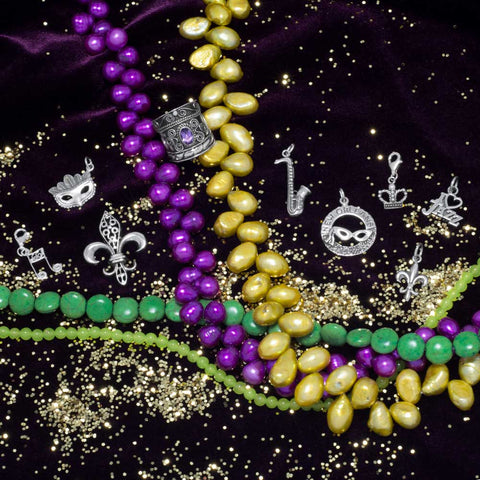 Mardi Gras Mask with Feathers Charm