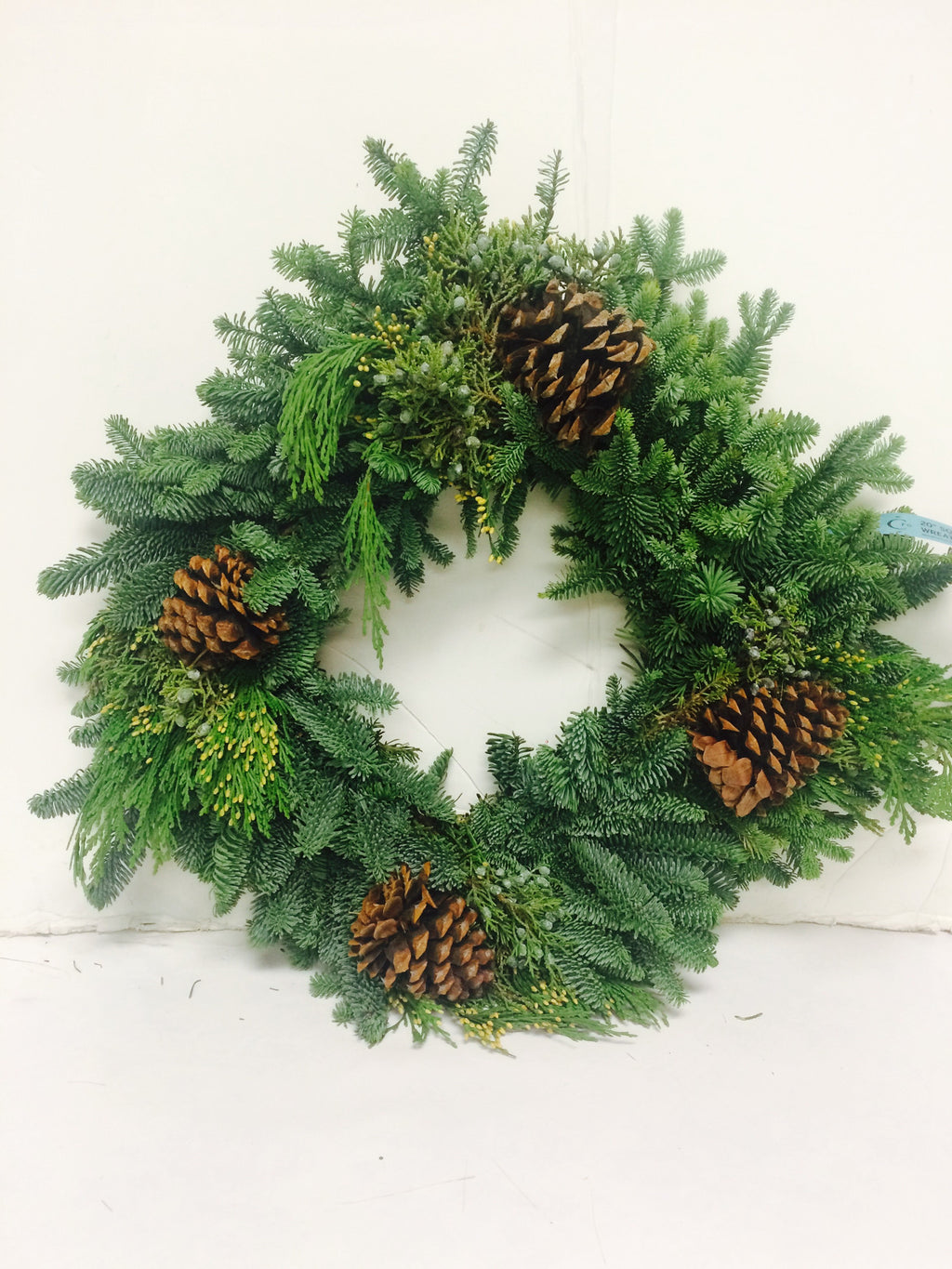 20'' Square Decorated Mix Wreath