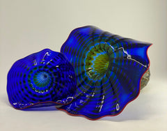 Dale Chihuly Cobalt Persian Set with Cadmium Red Lip Wraps Handblown Glass Art