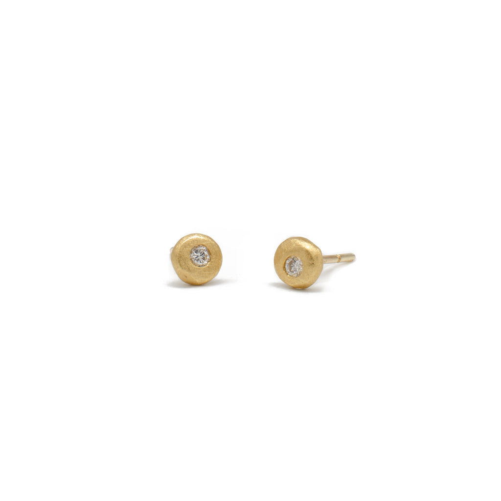 1.7 Gold Pebble Stud