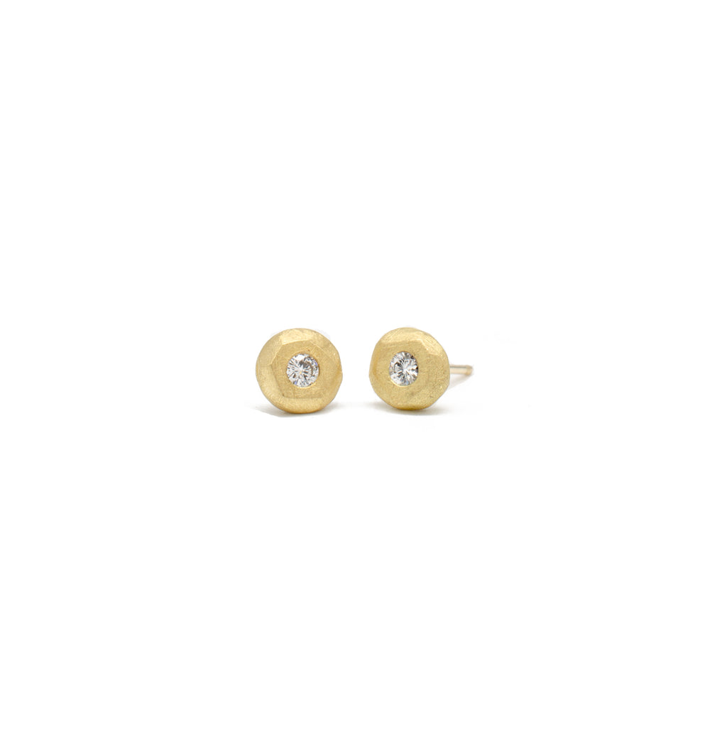 2.2 Gold Pebble Studs