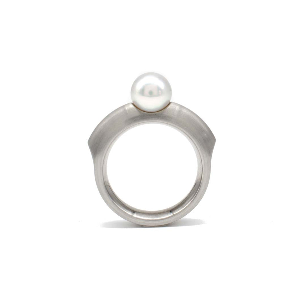 Steel Pearl Ring