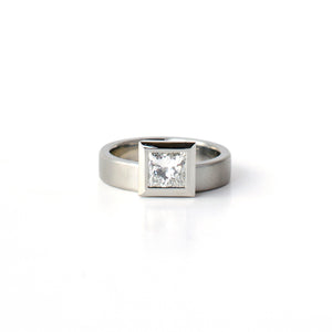Offset Ring (Princess)