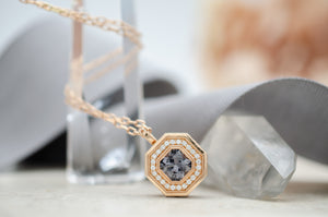Spinell Deco Pendant