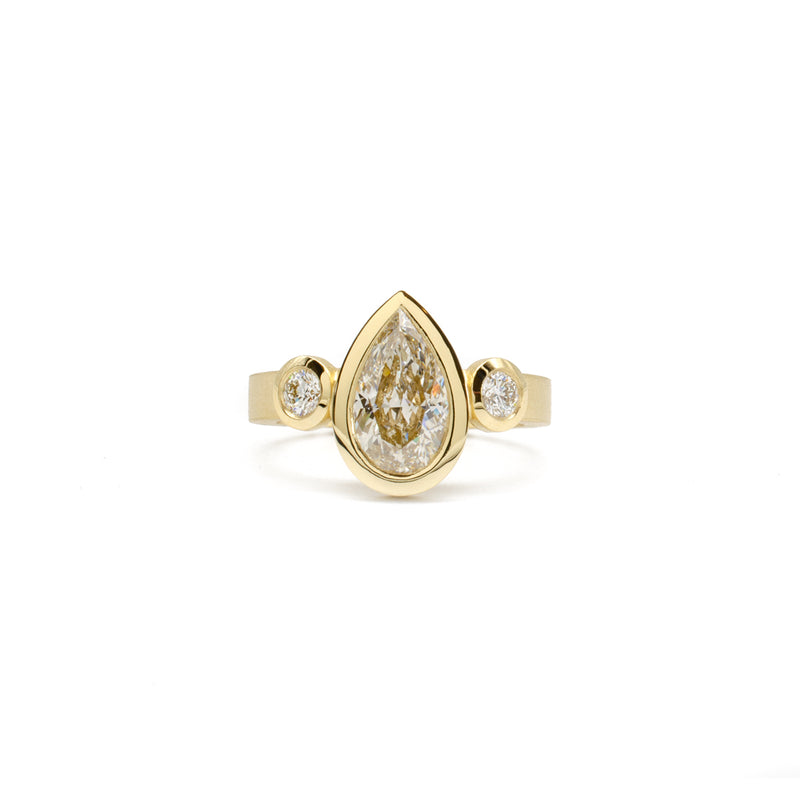 3 Stone Bezel Ring (Pear)
