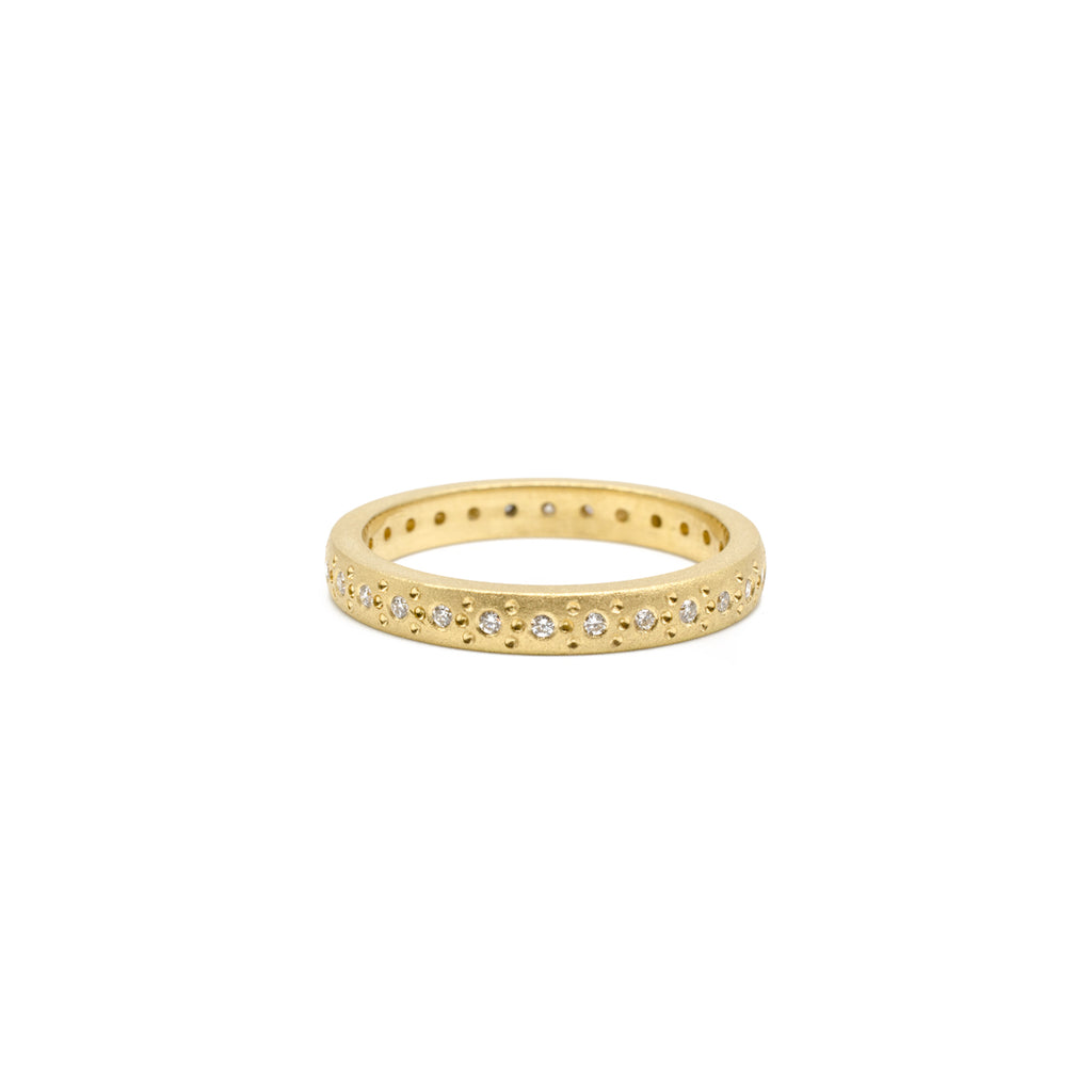 Medium Yellow Gold Patterned Band